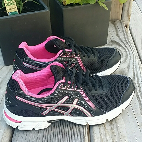 ASICS Gel Impression 8 Size 7